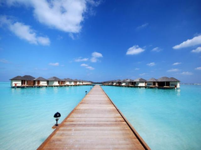 Maldivi; Paradise Island Resort & Spa